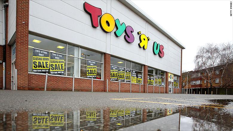 180311152622-toys-r-us-closing-5-780x439